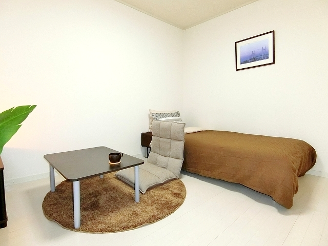 RL Mitsuzawa West Studio
