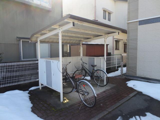 アパマートマンスリー富山駅北 窪新町P Wi-Fi無料 1K写真2
